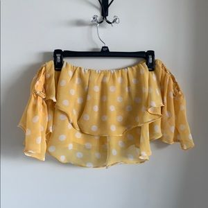 FOREVER 21 YELLOW & WHITE POLKA DOTTED CROPTOP!